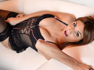 AleccyaJym - Sexy live show with sex cam on XloveCam