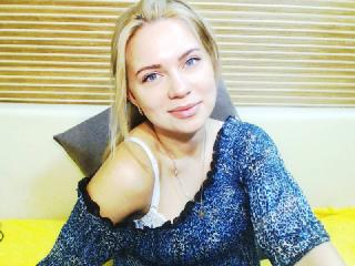 SnowWhiteS - Sexy live show with sex cam on XloveCam
