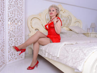 HappyNights - Show sexy with a being from Europe Sexy mother
