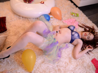 SarraEvans - Show sexy et webcam hard sex en direct sur XloveCam®