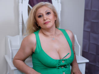 MatureEroticForYou - Show hard with a shaved sexual organ Mature