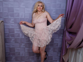 MatureEroticForYou - Live chat sexy with this Sexy mother with huge tits