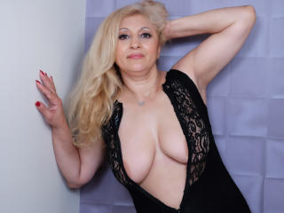 MatureEroticForYou - Video chat sexy with a golden hair Lady over 35