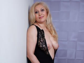 MatureEroticForYou - Live chat x with a being from Europe Lady over 35
