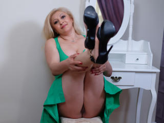 MatureEroticForYou - online chat sex with a blond MILF