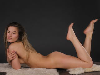 NikiSkyler - Show sexy et webcam hard sex en direct sur XloveCam®