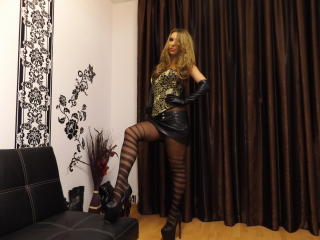 HotDomSelene - Sexy live show with sex cam on sex.cam