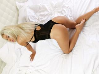 AbbyLuv69 - Show sexy et webcam hard sex en direct sur XloveCam®