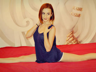 VeraWing - Sexy live show with sex cam on XloveCam®