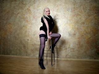 HotAlina - Sexy live show with sex cam on XloveCam®