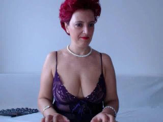 MilfSupreme - Sexy live show with sex cam on XloveCam®