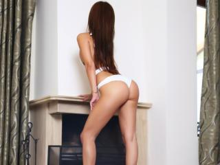 XHotSofya girl show tits on webcam