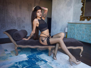TayaShine - Show sexy et webcam hard sex en direct sur XloveCam®