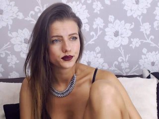 AdalynY - online chat sexy with this European Sexy girl