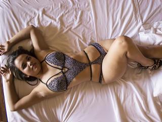 Litzydouce babes/live boobs on webcam