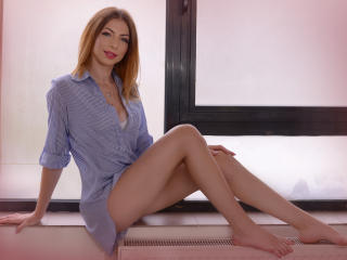 LynetteDeneuve - Sexy live show with sex cam on XloveCam®