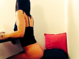 JuneCamFrench - Sexy live show with sex cam on XloveCam®
