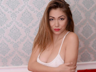 Lygia - Sexy live show with sex cam on XloveCam®