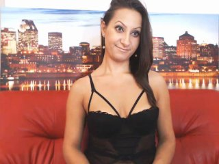 FontainVite - Show x with a well built Attractive woman
