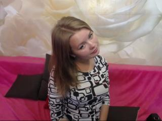 VictoriaCake - Sexy live show with sex cam on XloveCam®
