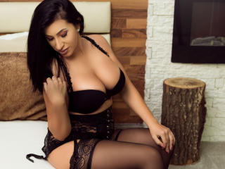 CreamPieCUMx - Webcam live hard with this being from Europe Sexy girl