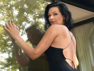 Sexy nude photo of MayaXxSage