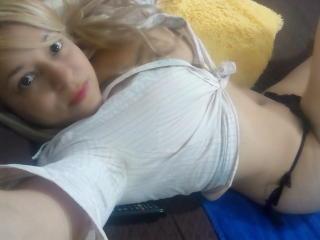 Angelonix hot girl