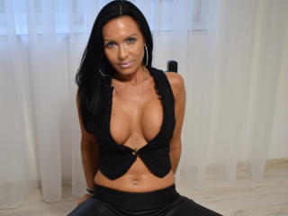 IrresistibleKelly - online show sex with this White Mature