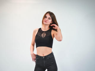AmikaTasty - Sexy live show with sex cam on XloveCam®