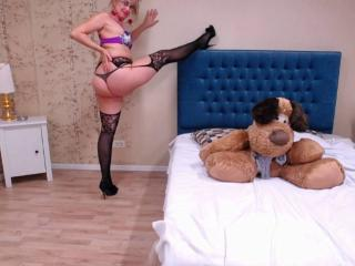 LadyMariahX - Webcam xXx with a immense hooter Mature