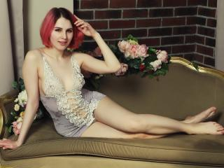 LaimaFox - Sexy live show with sex cam on XloveCam®