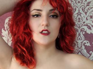 Sexy nude photo of RubinneRougeX