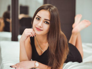 LolitaJussy - Sexy live show with sex cam on XloveCam®