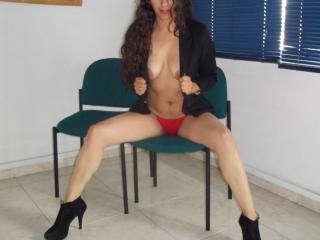 SensuelleMaigre - Sexy live show with sex cam on XloveCam®