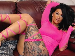 AndraD - Chat cam sexy with a athletic body College hotties