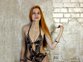 LoloMercier - Sexy live show with sex cam on XloveCam®