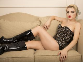 SexTerapy - Chat live xXx with a hot body Mistress
