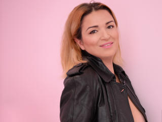 NaomiSensuel - Sexy live show with sex cam on XloveCam®