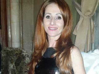 RedKitty - Chat live sexy with this huge tit Attractive woman