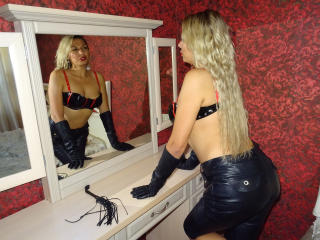 FetishStuff - Sexy live show with sex cam on XloveCam®