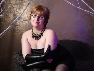 VioletMorning - online chat exciting with this immense hooter Sexy mother