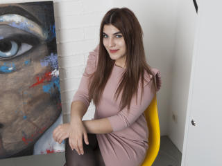 DjannaMic - Chat cam xXx with this White Sexy babes