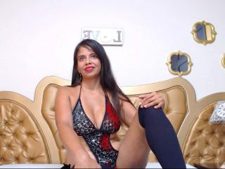 OlivaFoxy - Chat porn with a shaved pussy Sexy mother