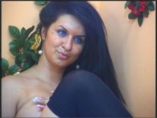 Celline - Sexy live show with sex cam on XloveCam