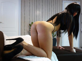 CharlotteFontaine - Live cam sex with a black hair Exciting babe