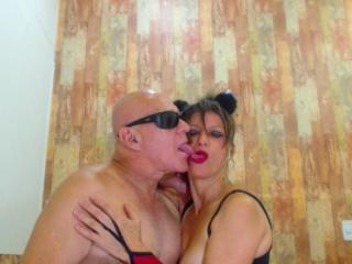 CoupleMature - Webcam live x with this shaved pubis Girl and boy couple