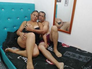 PamelaYDiego - Live cam porn with this charcoal hair Couple