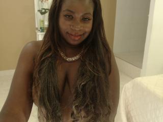 תמונת פרופיל סקסית של CharleenDirty למופע חי מאוד סקסי!