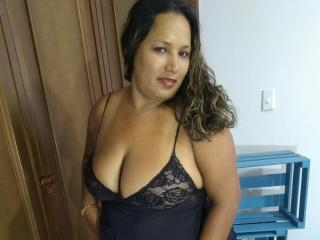 Photo de profil sexy du modèle BbwTasty, pour un live show webcam très hot !