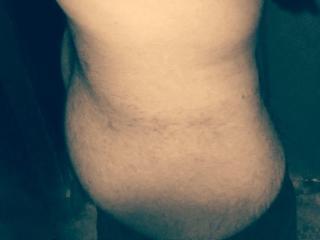 Poza sexy de profil a modelului RobbinHard, pentru un intens show webcam live !